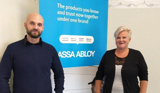 Assa Abloy ulkoisti puhelinvaihteen DialOk:lle